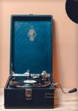 Vecchio grammofono del giradischi Fotografia Stock