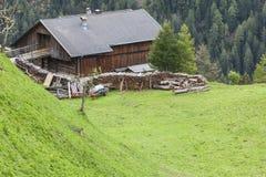Vecchio granaio dell'alpe Fotografie Stock