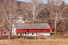Vecchio granaio delle pecore e del cavallo in Hopewell, Pensilvania fotografia stock