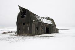 Vecchio granaio in inverno Fotografia Stock Libera da Diritti