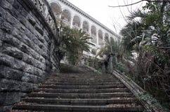 Vecchio hotel abbandonato Immagini Stock Libere da Diritti