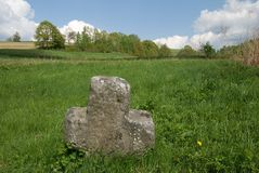 Vecchio incrocio di pietra Immagine Stock Libera da Diritti