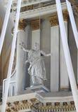Vecchio interno della chiesa, Lituania immagine stock