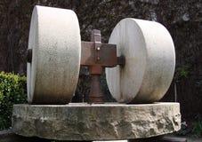 Vecchio laminatoio di pietra Immagine Stock
