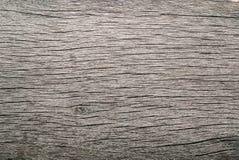 Vecchio legno grezzo annodato incrinato marcio stagionato fotografia stock libera da diritti