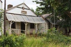 Vecchio leydsdorp del villaggio della miniera d'oro di abbandono immagine stock libera da diritti