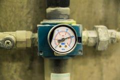 Vecchio manometro di pressione Fotografia Stock Libera da Diritti