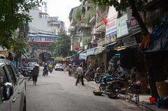Vecchio mercato di strada della città di Hanoi Fotografia Stock