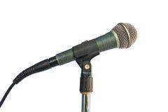 Vecchio microfono isolato su priorità bassa bianca Fotografia Stock Libera da Diritti