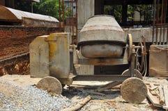 Vecchio miscelatore di cemento Fotografia Stock Libera da Diritti