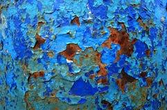 Vecchio modello incrinato della pittura su fondo arrugginito Vernice della sbucciatura Fotografia Stock