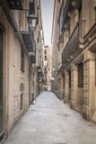 Vecchio modo del vicolo della città Fotografia Stock