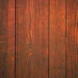 Vecchio mogano di legno di rosso di struttura del fondo della superficie della parete fotografie stock libere da diritti