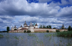 Vecchio monastero di Russsian fotografie stock