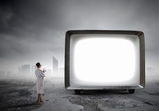 Vecchio monitor della TV Media misti Immagine Stock