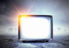 Vecchio monitor della TV Media misti Immagini Stock