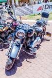 Vecchio motociclo Harley Davidson ad una mostra di vecchie automobili in motociclo detto Harley Davidson ad una mostra di vecchie Fotografie Stock Libere da Diritti
