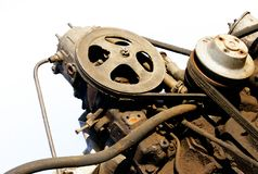 Vecchio motore isolato Fotografie Stock Libere da Diritti