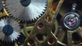vecchio movimento dell'orologio da tasca stock footage