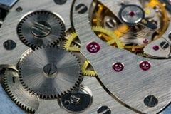 Vecchio movimento a orologeria Immagini Stock