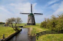 Vecchio mulino di vento in Olanda Immagine Stock Libera da Diritti