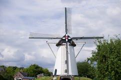 Vecchio mulino di vento olandese Fotografia Stock