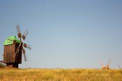 Vecchio mulino a vento immagine stock libera da diritti
