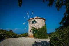 Vecchio mulino a vento della Grecia Fotografia Stock