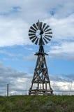 Vecchio mulino a vento di legno del Wyoming Fotografia Stock