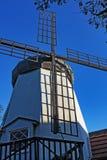 Vecchio mulino a vento in Solvang California fotografie stock libere da diritti