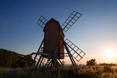 Vecchio mulino a vento in Svezia Fotografia Stock