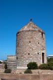 Vecchio mulino a vento tradizionale situato all'isola di Naxos Fotografie Stock Libere da Diritti