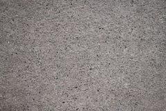 Vecchio muro di cemento di sbriciolatura alla luce solare luminosa fotografie stock