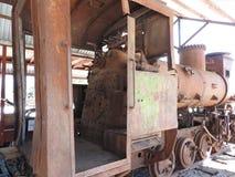 Vecchio museo all'aperto nell'inverno, Russia di Pereslavl della locomotiva a vapore fotografie stock