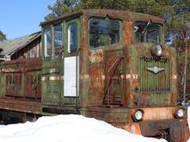 Vecchio museo all'aperto nell'inverno, Russia di Pereslavl della locomotiva a vapore immagini stock libere da diritti