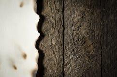 Vecchio nasconda il fondo di legno immagine stock
