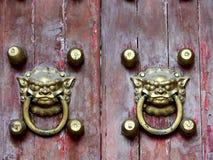 Vecchio ornamento cinese della porta Fotografia Stock