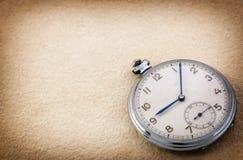 Vecchio orologio da tasca Immagine Stock