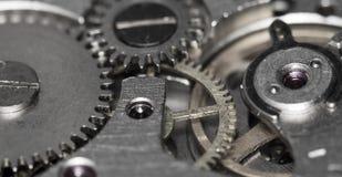 Vecchio orologio da tasca meccanico del movimento a orologeria Immagine Stock Libera da Diritti