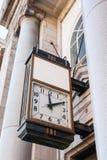 Vecchio orologio della banca Fotografia Stock Libera da Diritti