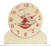 Vecchio orologio di legno Handmade del giocattolo Immagine Stock