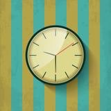 Vecchio orologio di parete meccanico Fotografia Stock