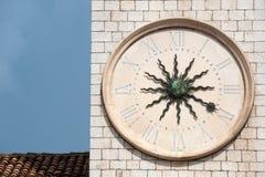 Vecchio orologio medioevale immagini stock