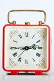 Vecchio orologio rosso Fotografie Stock Libere da Diritti