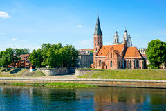 Vecchio paesaggio di tempo di giorno della città di Kaunas fotografia stock libera da diritti