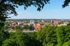 Vecchio paesaggio di tempo di giorno della città di Kaunas Fotografia Stock