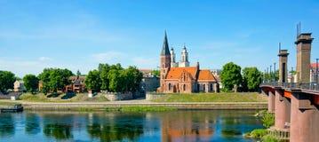 Vecchio paesaggio di tempo di giorno della città di Kaunas immagini stock libere da diritti