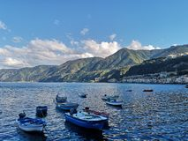 Vecchio paesino di pescatori di Scilla fotografia stock libera da diritti
