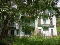Vecchio palazzo abbandonato in Sinaia, Romania Fotografia Stock