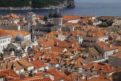 Vecchio panorama della città di Dubrovnik fotografia stock libera da diritti